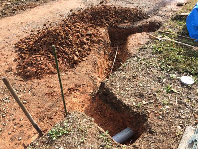 上水と下水の配管の確認